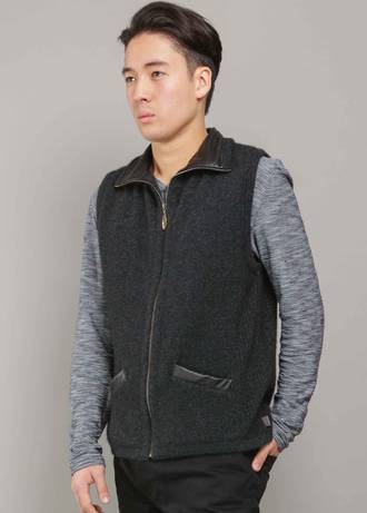 KO819 Leather Trim Vest
